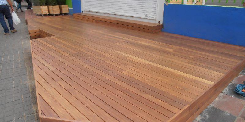 Decks pisos exteriores en madera natural central pisos for Pisos de madera para exteriores